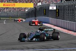 Temporada 2017 F1-russian-gp-2017-valtteri-bottas-mercedes-amg-f1-w08