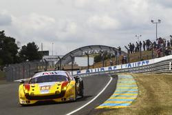 #84 JMW Motorsport, Ferrari 488 GTE: Robert Smith, Will Stevens, Dries Vanthoor