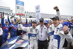 #67 Chip Ganassi Racing Ford GT, GTLM: Райан Бріско, Річард Вестбрук, Скотт Діксон  та Чіп Ганассі