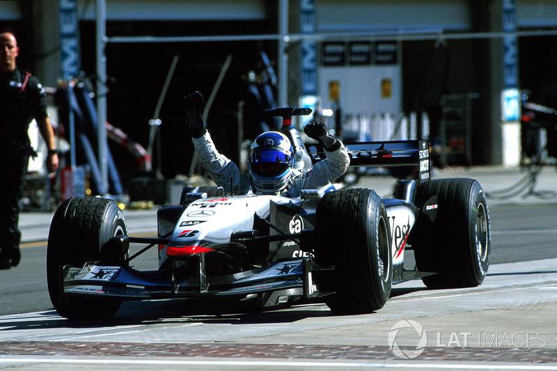 2001 - Indianapolis : Mika Häkkinen, McLaren-Mercedes MP4-16