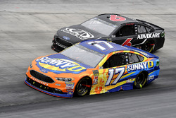 Ricky Stenhouse Jr., Roush Fenway Racing, Ford Fusion SunnyD and Trevor Bayne, Roush Fenway Racing, Ford Fusion AdvoCare