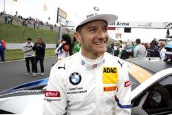 #42 BMW Team Schnitzer BMW M6 GT3: Timo Scheider
