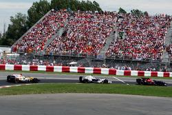 Sebastian Vettel, Scuderia Toro Rosso STR03; Robert Kubica, BMW Sauber F1.08; Fernando Alonso, Renault F1 Team R28