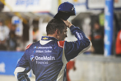 Elliott Sadler, JR Motorsports Chevrolet reacts after losing the championship