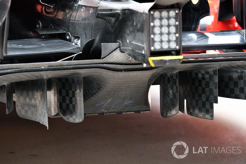 Diffuser belakang Ferrari SF71H
