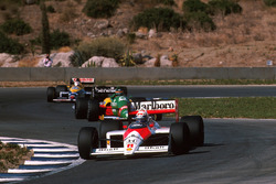 Alain Prost, McLaren MP4/4, Thierry Boutsen, Benetton B188 y Nigel Mansell, Williams FW12
