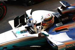Lewis Hamilton, Mercedes AMG F1 W08, festeggia dopo aver vinto la gara