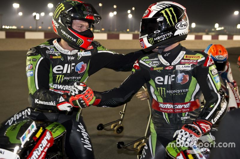 Tom Sykes, Kawasaki Racing, gratuliert Weltmeister Jonathan Rea, Kawasaki Racing