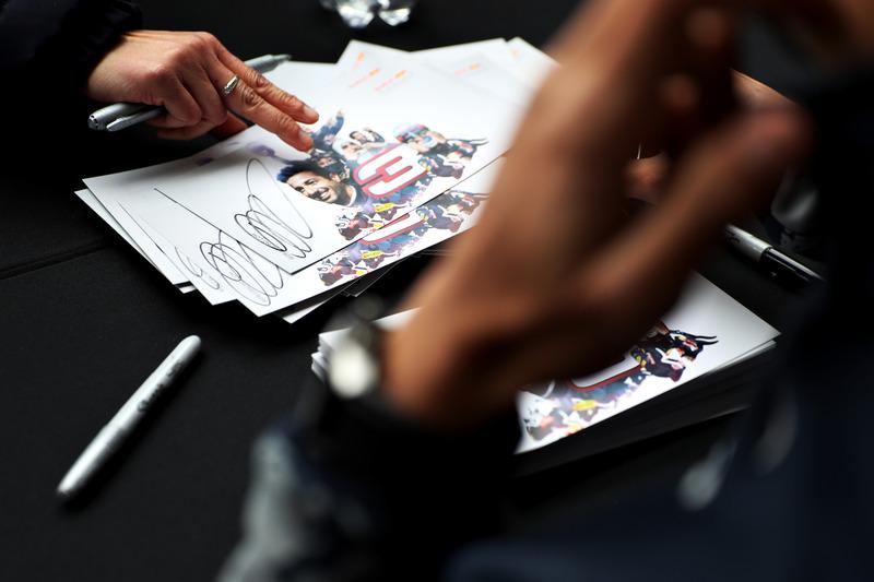Autograph cards for Daniel Ricciardo, Red Bull Racing