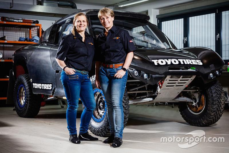 Jutta Kleinschmidt y Tina Thörner