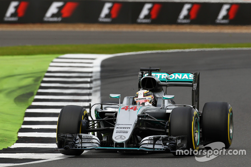 2016: Lewis Hamilton, Mercedes F1 W07 Hybrid