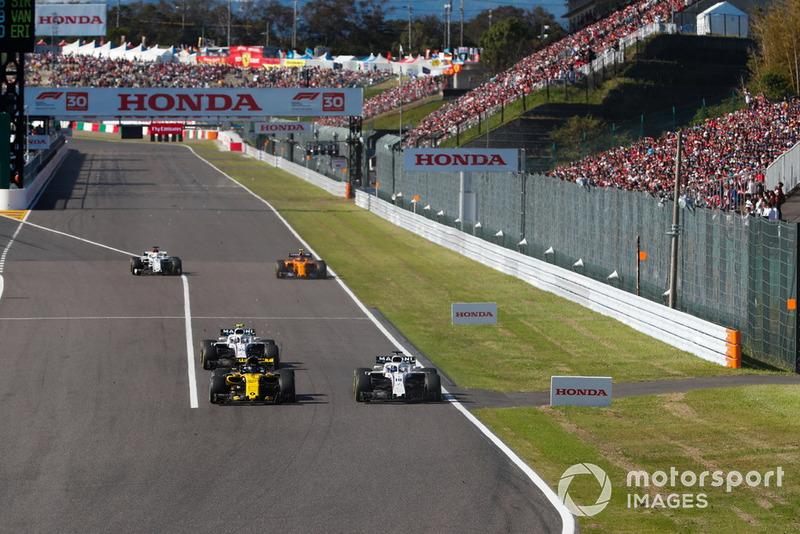 Nico Hulkenberg, Renault Sport F1 Team R.S. 18, Lance Stroll, Williams FW41, y Sergey Sirotkin, Williams FW41