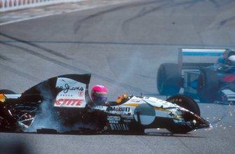 L'incidente di Pedro Lamy, Lotus 107C Mugen-Honda, in griglia di partenza