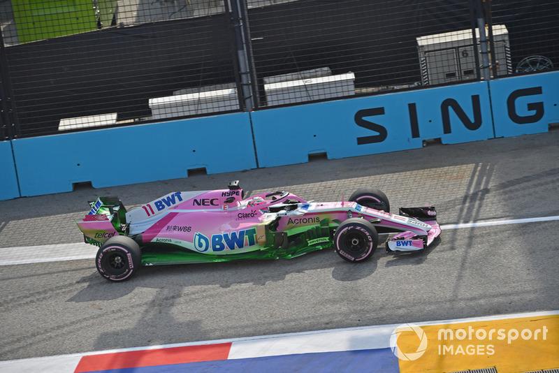 Racing Point Force India VJM11, aerofestékkel megszórva