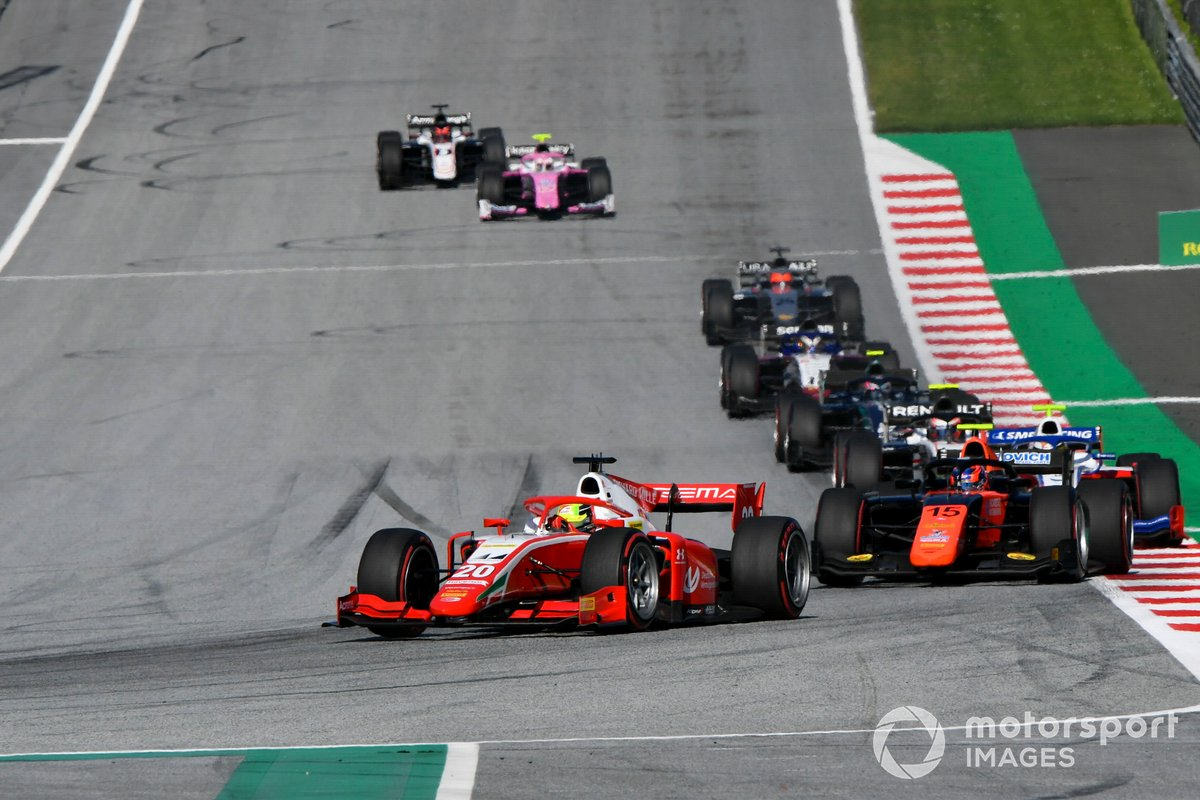 Mick Schumacher, Prema Racing, leads Felipe Drugovich, MP Motorsport