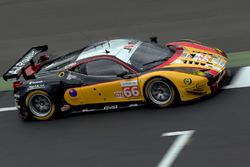 #66 JMW Motorsport, Ferrari F458 Italia: Robert Smith, Rory Butcher, Jody Fannin
