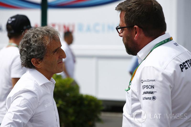 Alain Prost talk to Gwen Lagrue of Mercedes