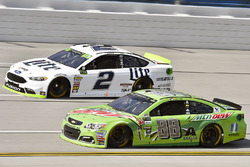 Dale Earnhardt Jr., Hendrick Motorsports Chevrolet and Brad Keselowski, Team Penske Ford