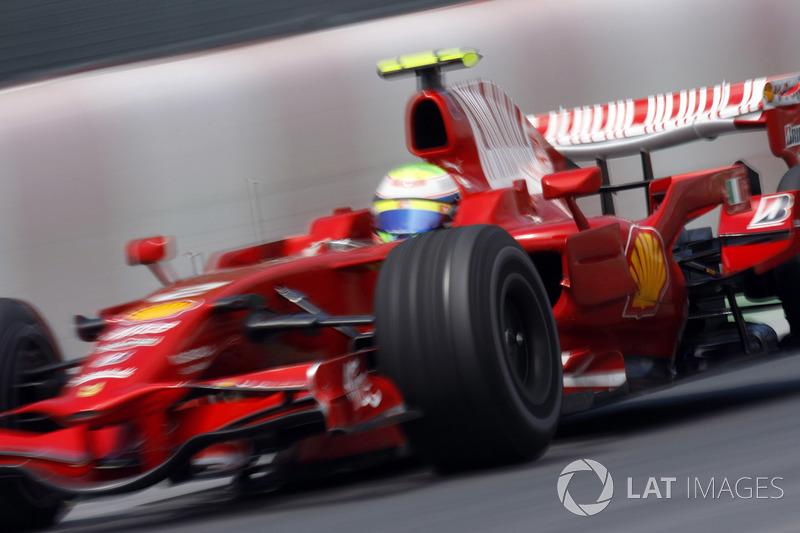 Четвертым стал Тимо Глок из Toyota, а пятую позицию занял Фелипе Масса – бразилец сумел прорваться с последнего места и совершить аж восемь обгонов. По меркам сезона-2008 – это просто потрясающий результат