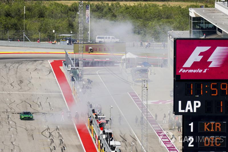 Усейн Болт, Льюіс Хемілтон, Mercedes AMG F1