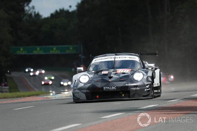 44. #88 Dempsey Proton Competition Porsche 911 RSR