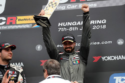 Podium: race winner Francisco Mora, M1RA Hyundai i30 N TCR