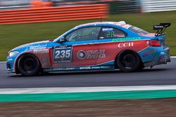 #235 DUWO Racing BMW M235i Racing Cup: Philip Harris Oliver Bryant, Grahame Bryant, Adam Dawson, William Plant