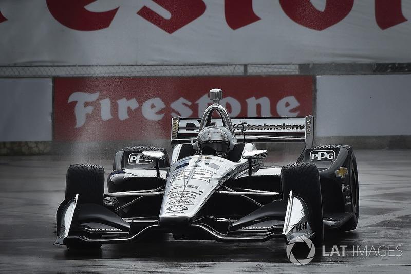 Simon Pagenaud, Team Penske Chevrolet qualifying in the rain