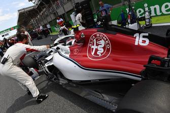 Charles Leclerc, Alfa Romeo Sauber C37 sur la grille