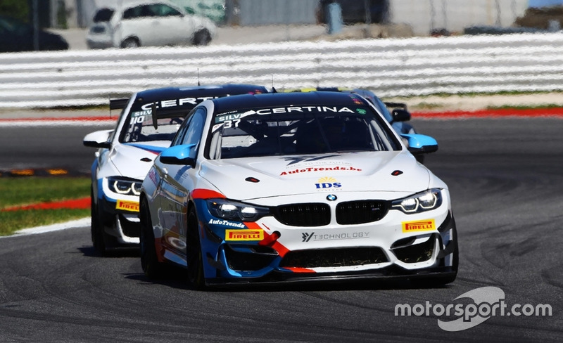 #37 3Y Technology BMW M4 GT4: Akhil Rabindra and Stephane Lemeret