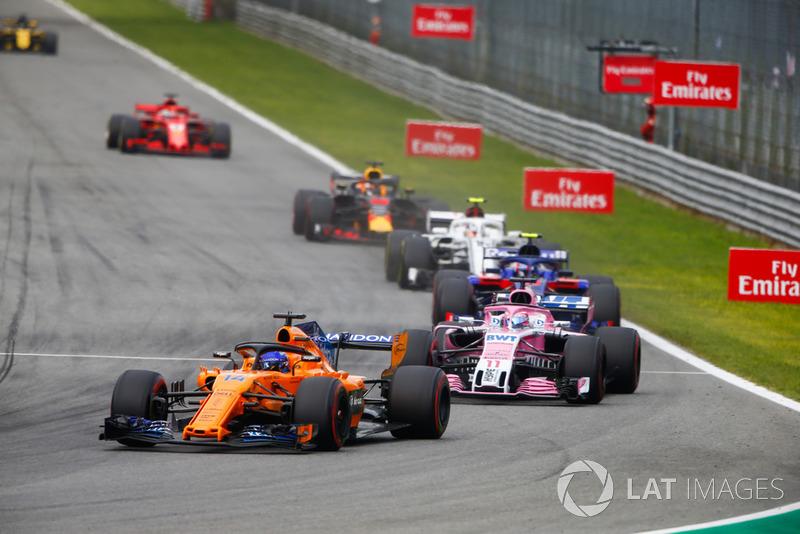 Fernando Alonso, McLaren MCL33, Sergio Perez, Racing Point Force India VJM11, Pierre Gasly, Toro Rosso STR13, y Charles Leclerc, Alfa Romeo Sauber C37