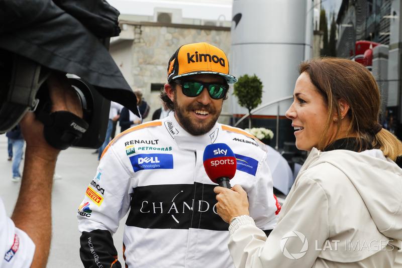 Fernando Alonso, McLaren, lookalike in the paddock