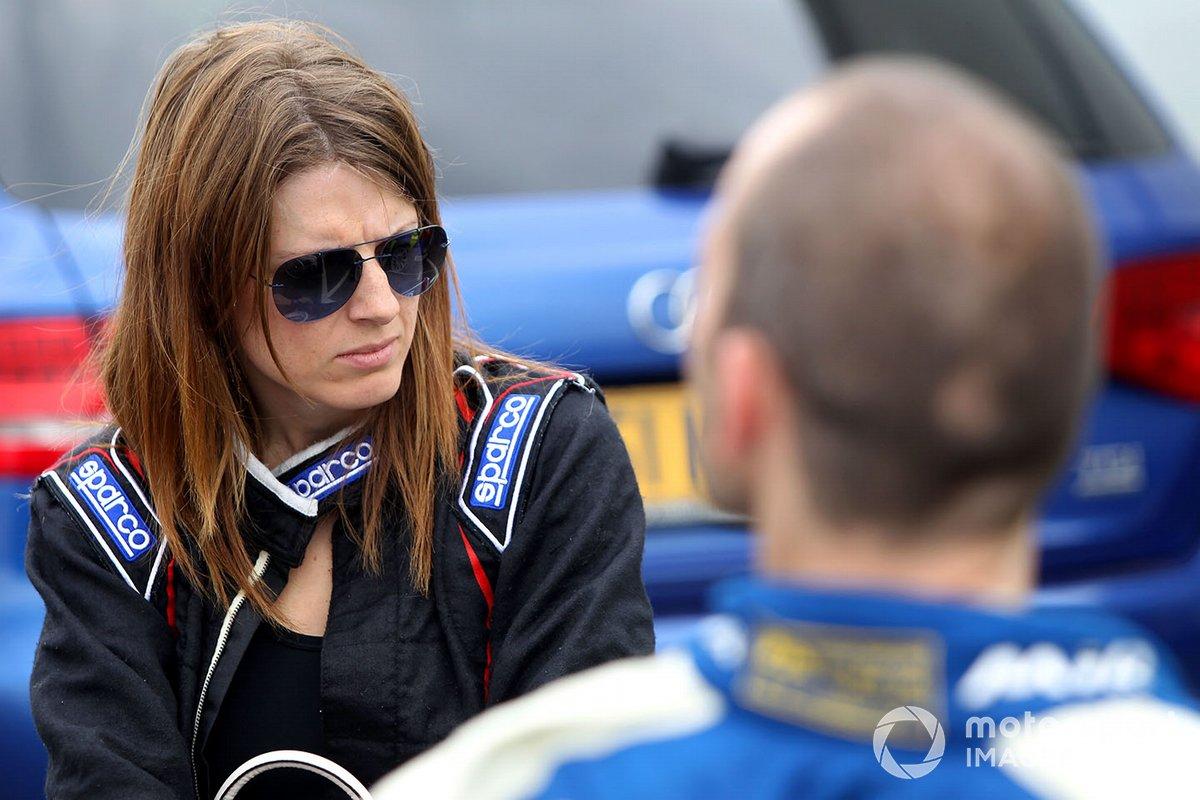 Nathalie McGloin, Porsche Cayman S