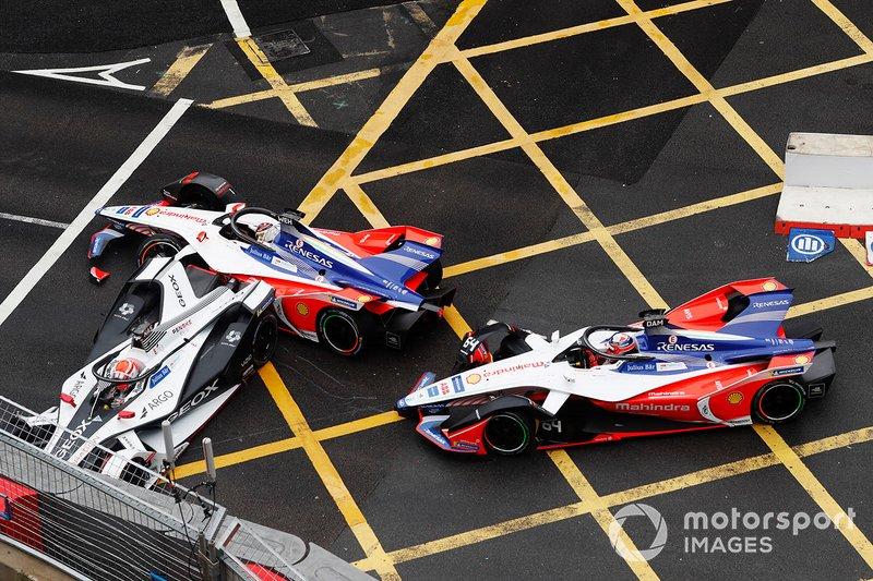 Felipe Nasr, Dragon Racing, Penske EV-3, Pascal Wehrlein, Mahindra Racing, M5 Electro, Jérôme d'Ambrosio, Mahindra Racing, M5 Electro, crash