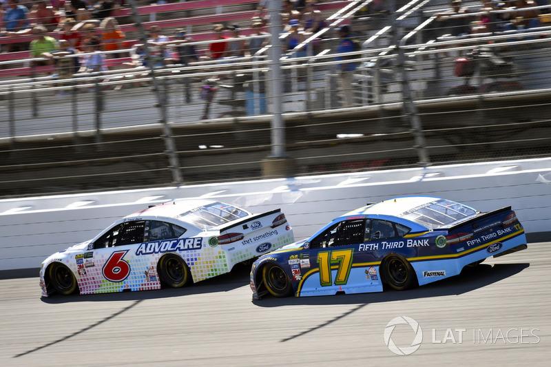 Trevor Bayne, Roush Fenway Racing Ford, Ricky Stenhouse Jr., Roush Fenway Racing Ford