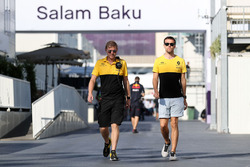 Andy Stobart, Renault Sport F1 Team Press Officer, Jolyon Palmer, Renault Sport F1 Team