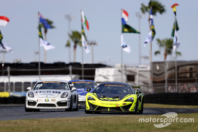 #7 Automatic Racing/VOLT Racing McLaren GT4: Alan Brynjolfsson, Chris Hall