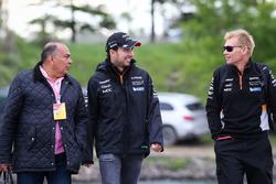 Sergio Pérez, Sahara Force India, y su padre Antonio Pérez Garibay