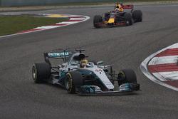 Lewis Hamilton, Mercedes AMG F1 W08, leads Daniel Ricciardo, Red Bull Racing RB13