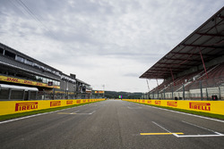 Start/Ziel-Gerade am Circuit de Spa-Francorchamps