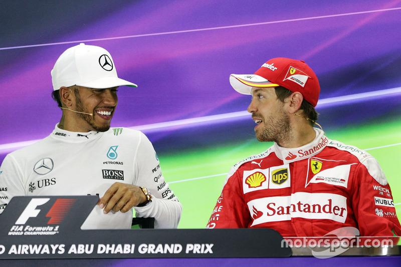 Conferencia de prensa FIA: Mercedes AMG F1, Lewis Hamilton, ganador de la carrera; Sebastian Vettel, Ferrari, tercera