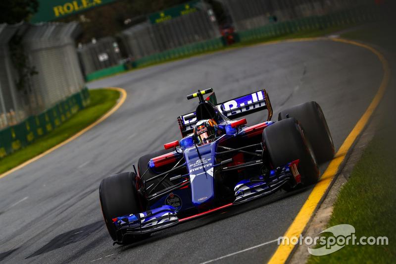 8: Карлос Сайнс, Scuderia Toro Rosso STR12