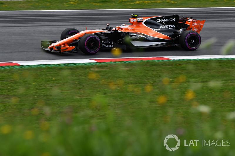 13. Стоффель Вандорн, McLaren MCL32