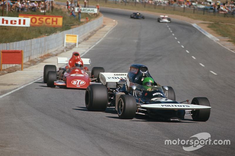 Henri Pescarolo, March 721 Ford devant Niki Lauda, March 721 Ford