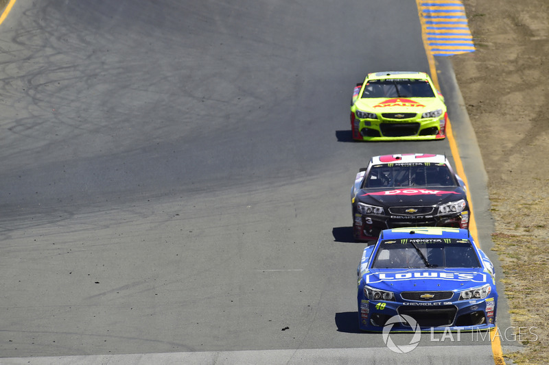 Jimmie Johnson, Hendrick Motorsports Chevrolet, Austin Dillon, Richard Childress Racing Chevrolet, D