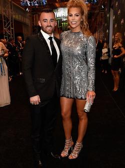 Austin Dillon ve nişanlısı Whitney Ward