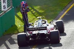 Romain Grosjean, Haas F1 Team VF-18 after stopping