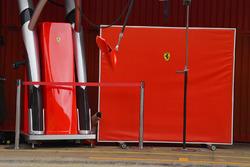 Ferrari garage screeen