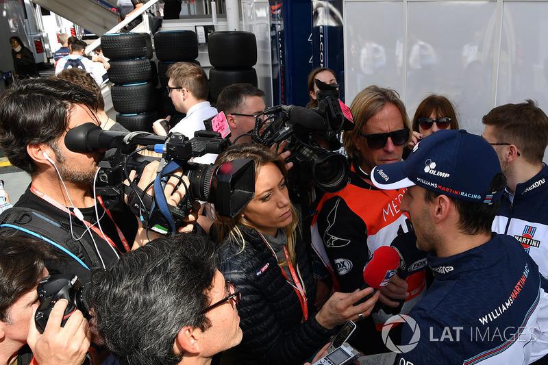 Robert Kubica atendeu a imprensa.