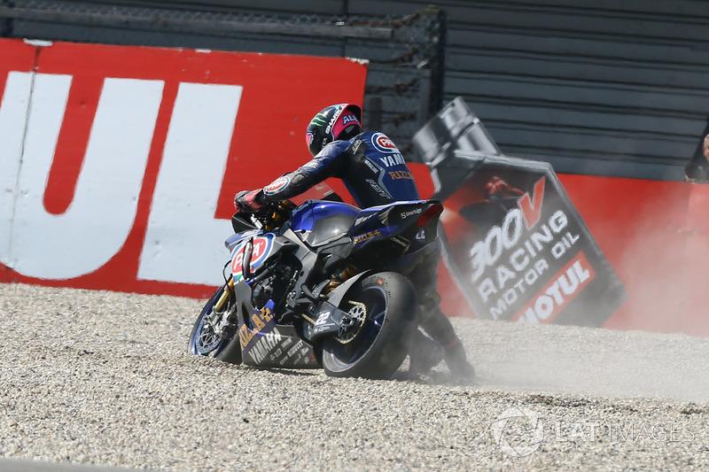 La chute d'Alex Lowes, Pata Yamaha